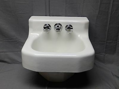 Small Vtg Cast Iron White Porcelain Cast Iron Shelf Top Bathroom Sink 184-17E