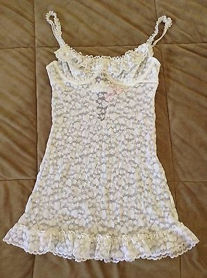 """Lot Of 2 Victoria's Secret """"The Lacie"""" Baby doll Lace/sheer Medium"""