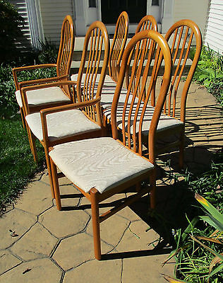 6 Scandinavian Mid Century Modern Teak Diningroom or Kitchen Chairs