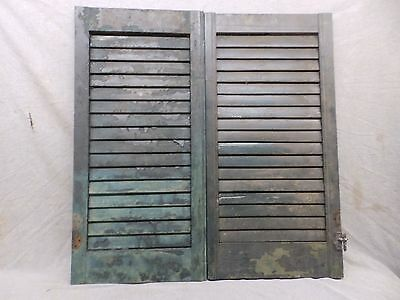 Antique Pair Window Wood Louvered Shutter Shabby Old Chic Vtg 33x17 297-17R