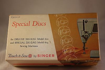 Singer Touch & Sew Attachment 21976 Fashion Discs Deluxe Special Zig-Zag 600 603