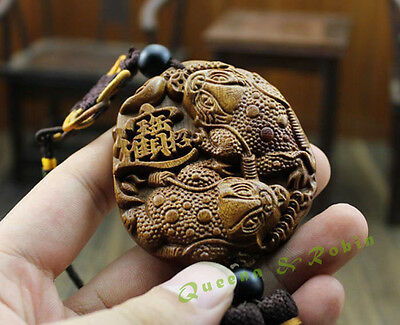 Wood Carving Chinese Feng Shui Wealth Coin Gold Frog Car Pendant Amulet Craft 金蟾
