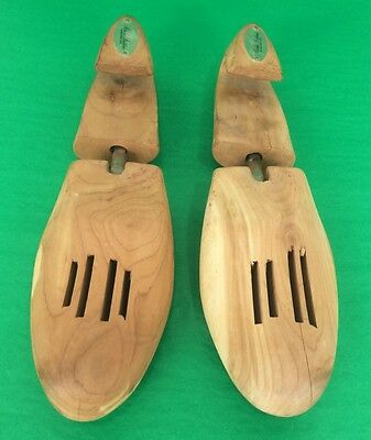 ba1c98eb70415 BROOKS BROTHERS CEDAR Shoe Trees with Brass Knobs -  35.00