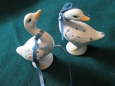 Vintage of 2 Small Ceramic Geese White Hand Made Painted Very Good