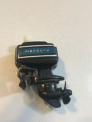 Vintage 1978 Tomy Wind-Up Outboard Boat Motor Works Mercury