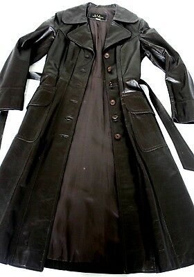 R & D Leather Specialists women's vintage leather trench coat size 10-12