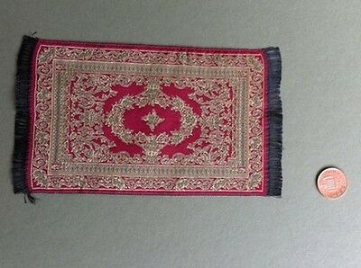 Woven Rug Gold & Red, Dolls House Miniatures, Mat Rug Floor Accessory. 1.12 Scal