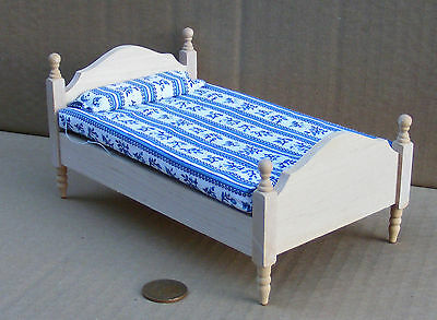 1:12 Scale Natural Finish Single Bed Dolls House Miniature Bedroom Accessory 069