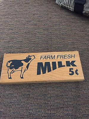"Wood Milk Sign-8 3/4"" X3 1/2""X1"""