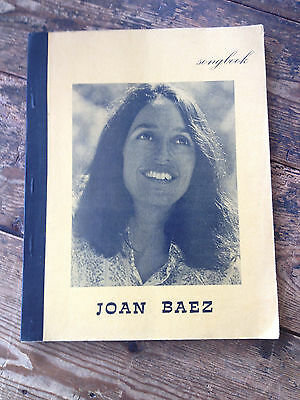 JOAN BAEZ Songbook DUTCH ILLEGAL Songbook 96 pages, 192 songs