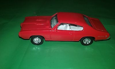 ERTL 1968 Pontiac GTO Red 1/43 Scale