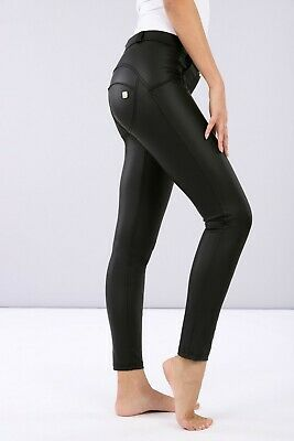 Freddy Wr.up® Shaping Effect - Low Waist Pants, Skinny Fit,  Faux Leather Black