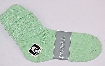 VINTAGE 1980's 1 Pair Cotton SLOUCH Baggy Socks Mint Green - NEW OLD STOCK
