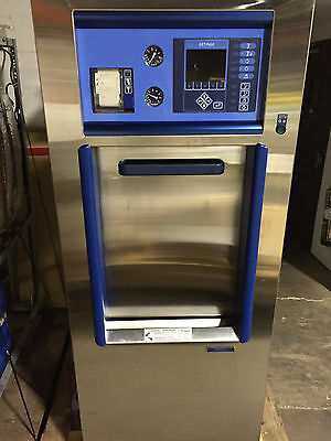 MINT!!  Only 24 Total Cycles / Getinge 533LS Autoclave Sterilizer /Full Warranty