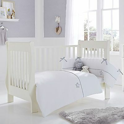 New Clair De Lune Cot / Cot Bed 2 Piece Baby Quilt And Bumper Set Silver Lining