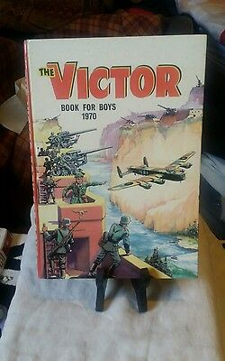 The Victor Book For Boys 1970 Look