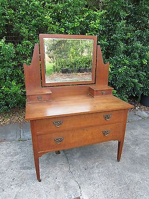 Arts and Crafts Oak Dressing Table c. 1910
