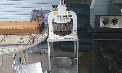 Dutchess BM58 Dough Divider Stand on Wheels Manual Press Pizza Bakery Tested
