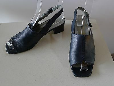 Vintage retro true 90s 38 blue leather sandals slingback shoes chunky heels good