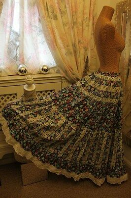 Patchwork gypsy skirt - Ditsy Vintage 10 12 - 1970s hippie festival OOAK