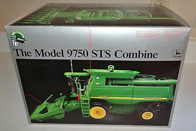 Ertl Precision Model 9750 Combine 1/16 Scale #1 Series 2 Diecast Metal #15036