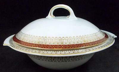 Royal Grafton MAJESTIC MAROON Round Covered Vegetable Bowl GREAT CONDITION