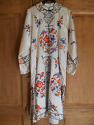 ANTIQUE embroidered silk CHINESE Robe bats flowers