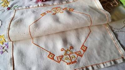 Vintage 1930's Hand Embroidered Linen Tray Cloth Art Deco Pattern