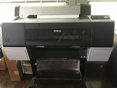 Epson 7890 Printer with 8 ink cartridges