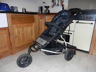 Mountain Buggy Swift - Used, in great condition with cover & lascal buggy board