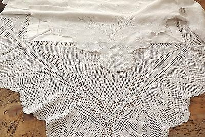 Antique Lace Hand Crochet Lace Tablecloth  - Carnations