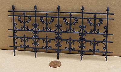 1:12 Scale Plastic Wrought Iron Black Fence Dolls House Garden Railing Accessory