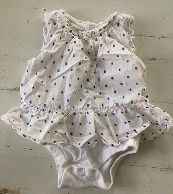 Girls Baby Gap Sz 6-12 Months Top Bodysuit White Blue Polka Dot Summer