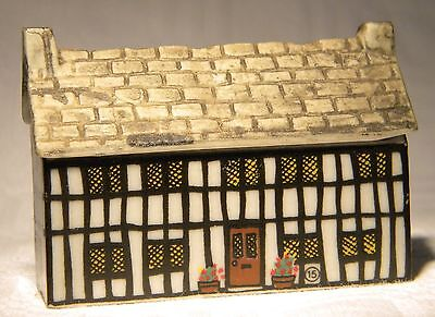 Wade Whimsey-On-Why  Miniature House The Stag