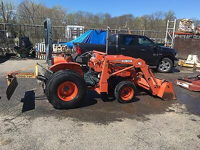 Kubota L2350 4 Wheel Drive 25 hp Diesel Tractor With Front End Loader