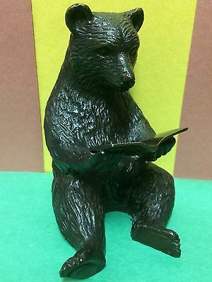 VINTAGE 1960s. METAL FIGURINE OF READING BEAR.EXCELLENT CONDITION.