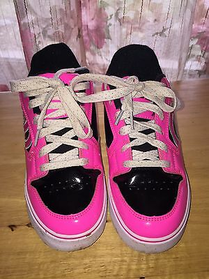 HEELYS Wheels Kids Youth Girls Black Pink Shoes Size 5. Patent Leather Look!
