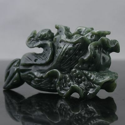 100% Natural Green Hetian Jade Hand Carved  Cabbage Statue D354
