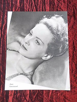 """Joan Greenwood - Film Star - 1 Page Picture -"""" Clipping / Cutting"""""""