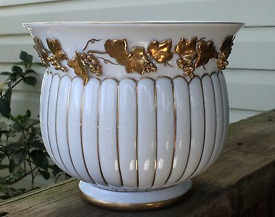 White Vase or Bowl with Gold Leaf Applique Grape Vine Wreath, 6 Inches High