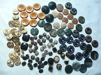1 Lot De 120 Anciens  Boutons Differents