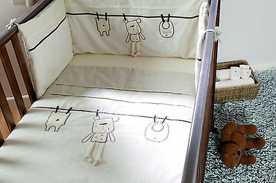 Lollipop Lane 'Out to Dry' Cot/ Cot bed Quilt Brand New