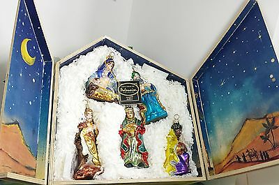 Polonaise Nativity Set with wood Stable glass ornaments