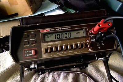 Keithley 580 Micro-ohmmeter with leads