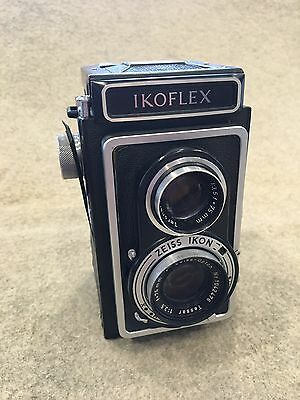 Zeiss Ikon IKOFLEX TLR Camera with Zeiss Opton Tessar F=75mm, 1:3.5 lenses