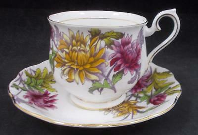Royal Albert FLOWER OF THE MONTH Cup & Saucer Chrysanthemum GREAT CONDITION
