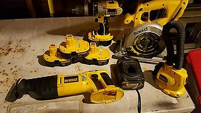 dewalt 18v 4 tool set combo and 4 18v batteries