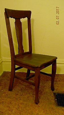 Set of FIVE vintage 1920's oak dining room chairs.