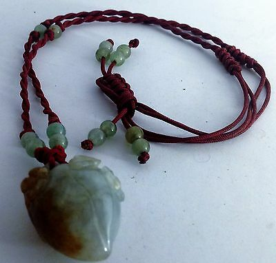 Antique natural Jade Chinese string pendant weighs 30 grams