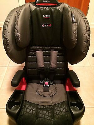 NEW Britax Pioneer G1.1 Harness-2-Booster Car Seat-Reflect- Great For TWINS!!